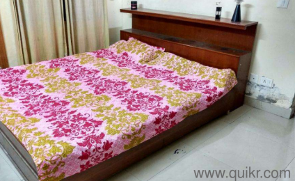 Want To Sell My King Size Bed Like New In Good Condition