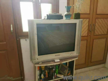samsung tv for sale. i want to sale my samsung crt tv with table urjently - used tv dvd multimedia palam village, delhi | quikrgoods for